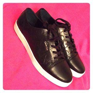 Calvin Klein Shoes - 🎉HP🎉 Calvin Klein Logo Sneakers